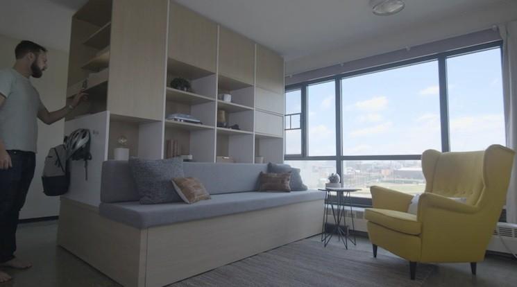 ボタン1つでベッドも移動!部屋が広くなるスマート家具が便利そう