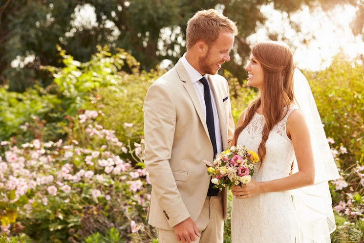 遠距離恋愛は「結婚」につながる可能性が高い!?