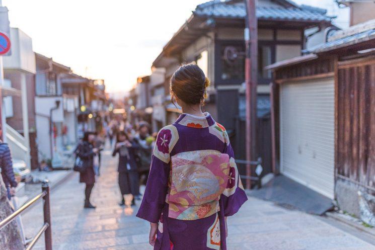 日本全国のご当地美女をリサーチ!都道府県別のマル秘美容法