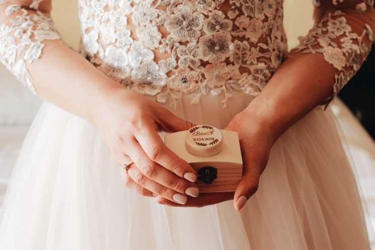 婚活がうまくいかない人に婚活サービスの利用をすすめる5つの理由
