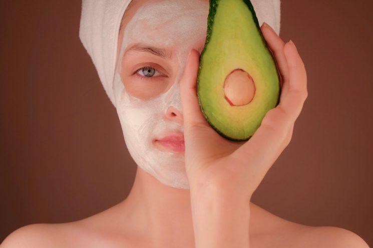 安い美顔器って効果あるの?コスパ◎なおすすめ美顔器で肌悩みを改善